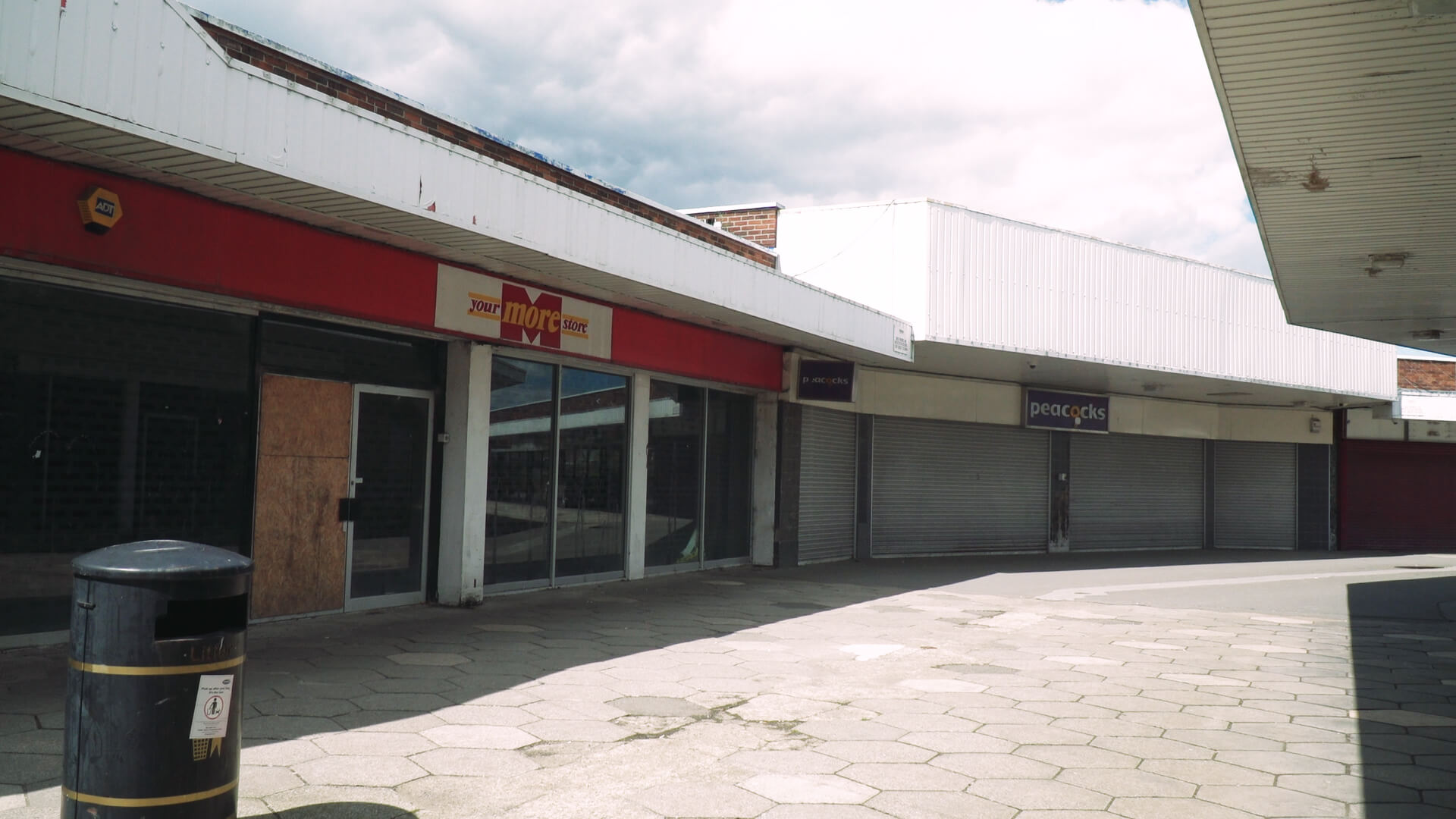 Current picture of Festival walk. It includes the 2 empty shops that were previously occupied by More store and Peacocks